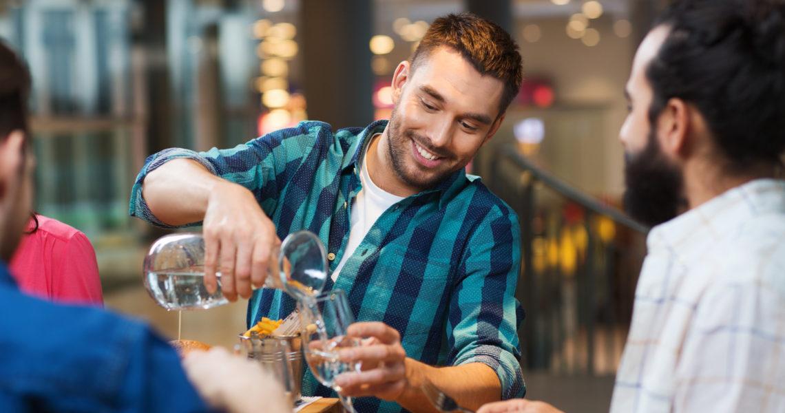 pedir agua en restaurantes